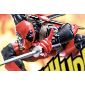 Deadpool - Figurine Deadpool Creator x Creator