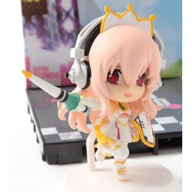 Super Sonico – Figurine Super Sonico Kyun-Chara Racing Miku
