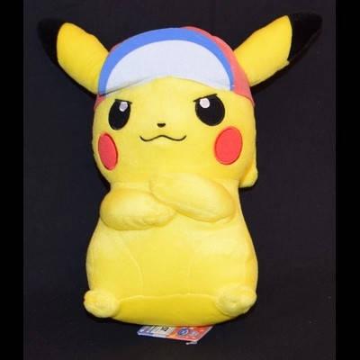 Pokémon - Peluche Pikachu Casquette Sacha Ver.