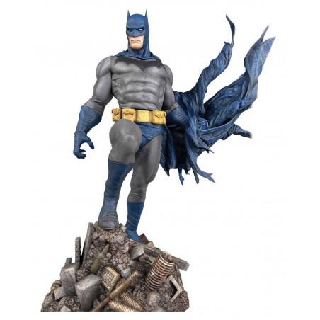 Batman - Figurine Batman Defiant DC Comic Gallery