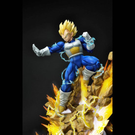 Dragon Ball Z – Statue Vegeta SSJ Mega Premium Masterline