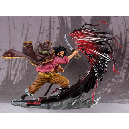 One Piece - Figurine Gol D...