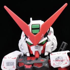 SD Gundam - Maquette SD Gundam EX-Standard Gundam Astray Red Frame
